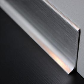 Plintenfabriek | Aluminium plint geborsteld zijdeglans zilver - eenvoudig online bestellen