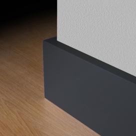 6902 Gladde folie plint zwart